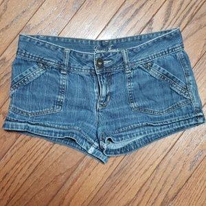 Guess blue jean shorts EUC